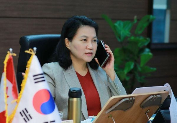 Yoo Myung-hee: Korea's First Woman Trade Minister Eyes the Top WTO Spot