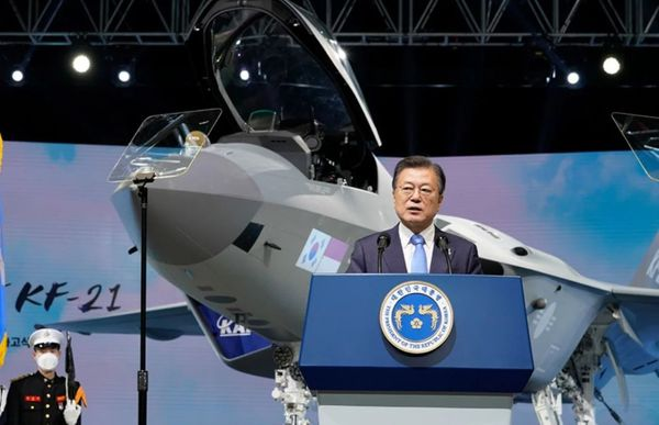 South Korea Unveils First Unit of Domestically Produced Fighter Jet